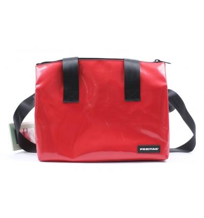 Bild von FREITAG F45 LOIS Sports Bag Medium hergestellt von FREITAG